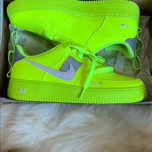 Nike Air Force 1 in neon yellow